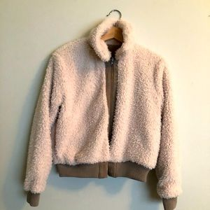 Cupcakes and Cashmere Kendal Sherpa & Faux Suede